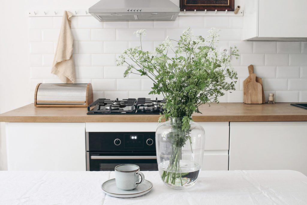 Make It Gorgeous: Tips for Staging Your Kitchen Right