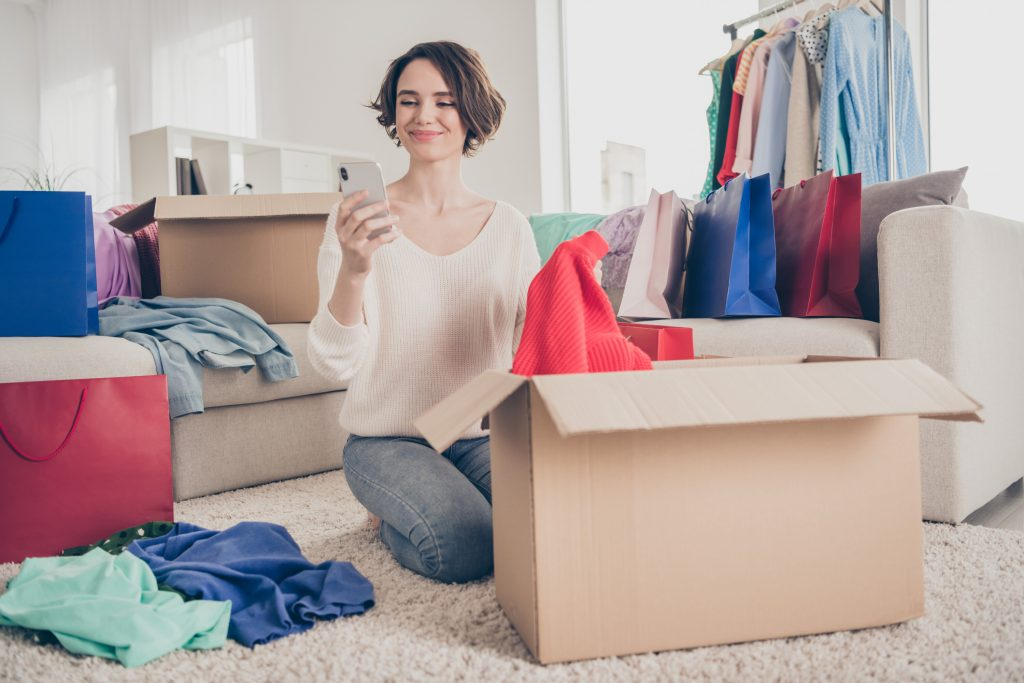 Moving Soon? 4 Decluttering Tips To Help
